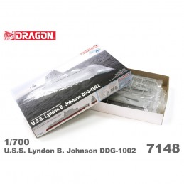 D7148 1:700 U.S.S. LYNDON...